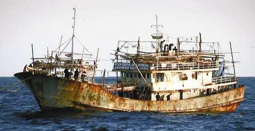 能登沖の好漁場、北や中国の密漁急増…昨秋以降 : 社会 : 読売新聞(YOMIURI ONLINE)