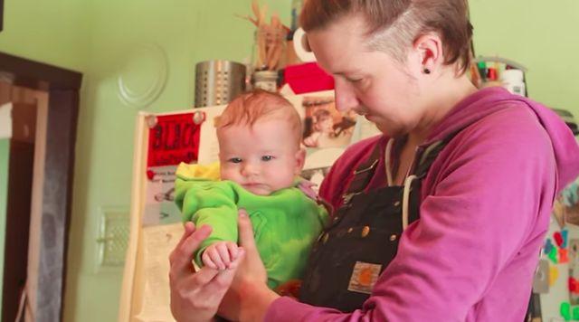 性別不明の赤ちゃんが世界で初めて認可。「決める権利は本人にしかない」