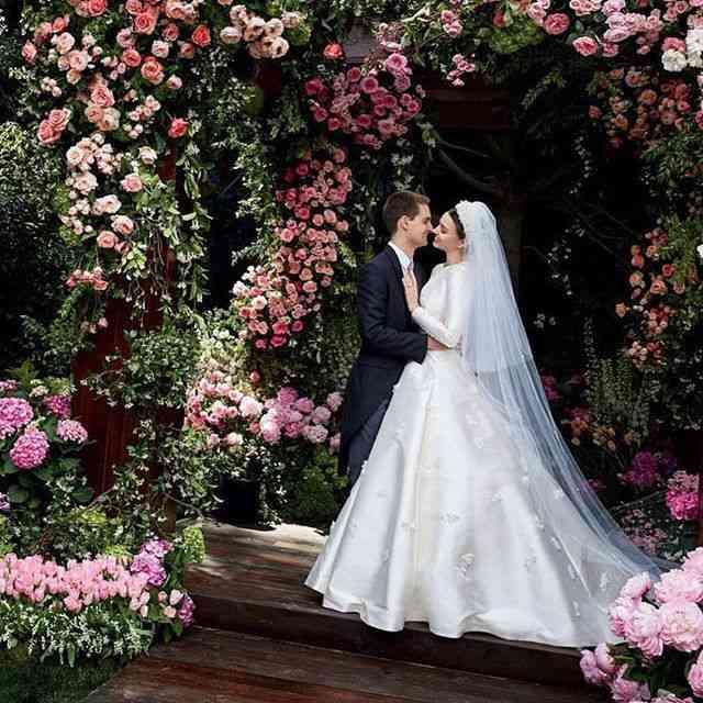 ミランダ・カーがウエディング写真を公開! 元夫オーランド・ブルームも「いいね!」 (ELLEgirl) - Yahoo!ニュース