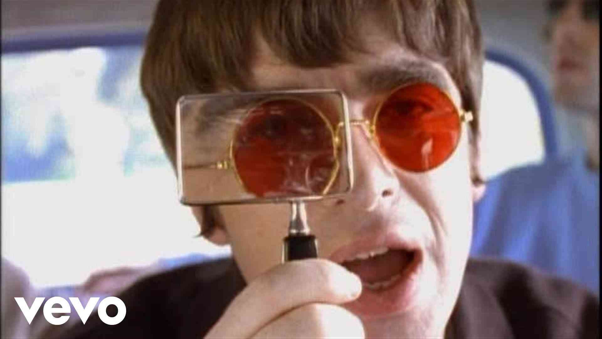 Oasis - Don't Look Back In Anger - YouTube