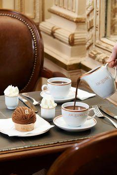 いろいろなカフェ、喫茶店の画像が見たい