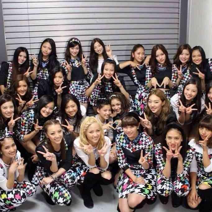 【E-girls】元メンバーがいじめを暴露、不仲や態度など酷評が尽きない - NAVER まとめ