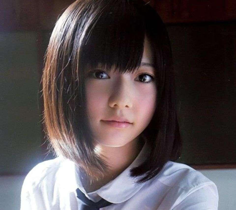 ぱるる(島崎遥香)自衛隊CMに起用される理由!秋元康と安倍晋三がべったり。AKB48政治利用 - NAVER まとめ
