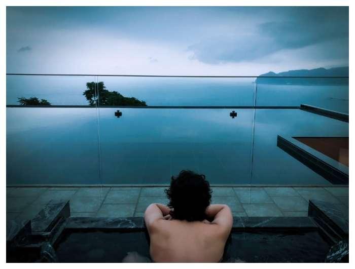 入浴中の背中にドキリ 水嶋ヒロ「最近少し気持ちが下がってた」
