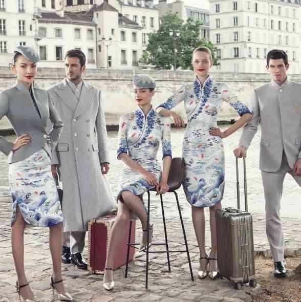 中国の航空会社の制服が美しい「これを着るために就職したい」との声も