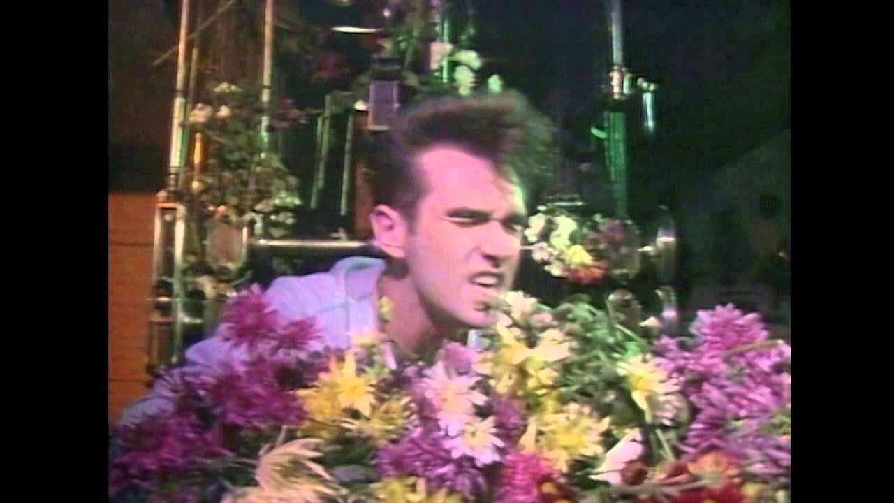 The Smiths - This Charming Man [Riverside, 7 November 1983] - YouTube