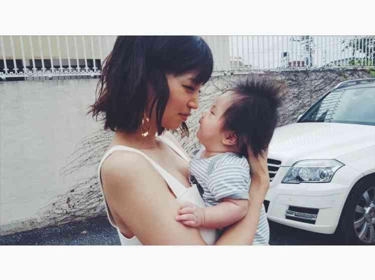 安田美沙子、2か月の息子と初めて現場入り「お利口にしてくれててありがとう」