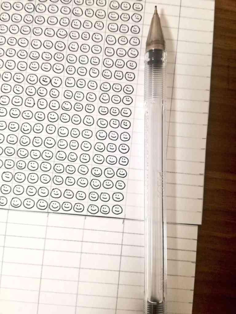 1本のボールペンに含まれるインクの量を軽い気持ちで調べたらこうなった「すごい!」「なんか可愛い」