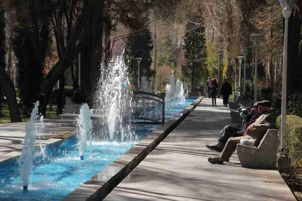 イラン旅行まとめ 物価・治安など 2017年3月 - 転がる五円玉