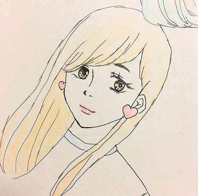 女の子の絵を描くトピ☆