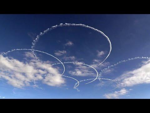 1区分(改)!!! ブルーインパルス 入間基地航空祭2014 Blue Impulse 航空自衛隊 - YouTube