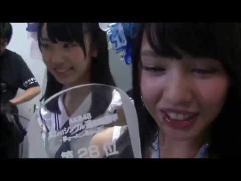 梅田彩佳が山田菜々に「邪魔」と恫喝しびびらせてどかせる - YouTube