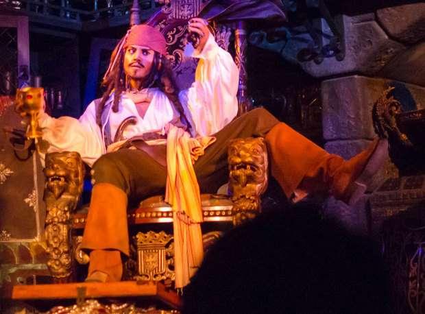 ディズニーランド「カリブの海賊」花嫁売買シーンが削除へ…性差別と批判