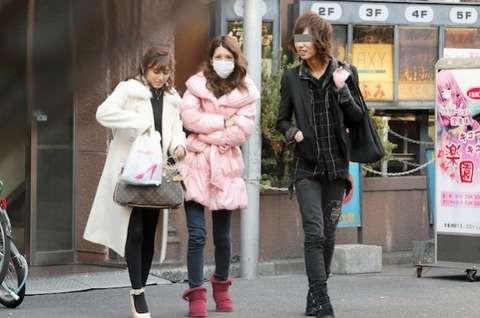 坂口杏里「ホスト通い」復活 キャバクラ勤務後歌舞伎町へ
