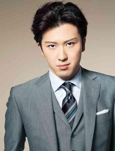 前田敦子 恋人いないと告白 占いで「玉の輿婚」予言され満面笑顔