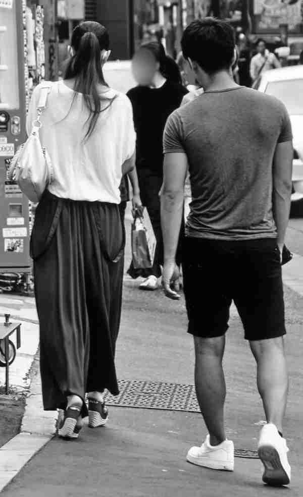 18才息子と渋谷デートの安室奈美恵に主婦から羨望の声