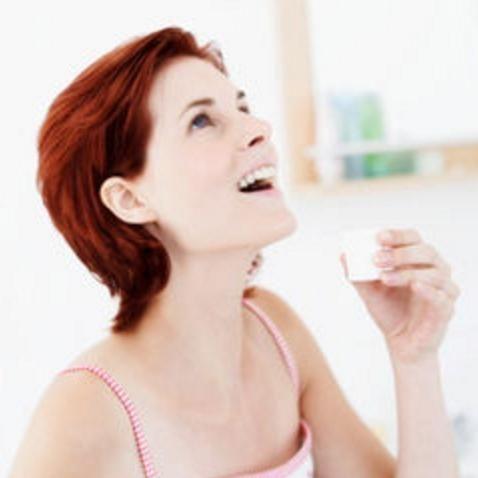 歯科医もすすめる「重曹うがい」の正しいやり方とは? - NAVER まとめ