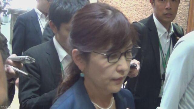 特別警報中に不在 稲田大臣「速やかに戻れ問題なし」 | NHKニュース