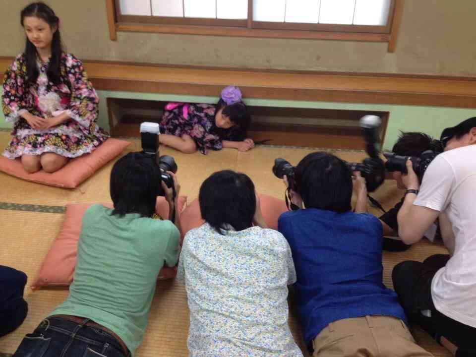 いまや小学生が「メイク動画」観る時代 専門CH「禁止より正しい基本を」