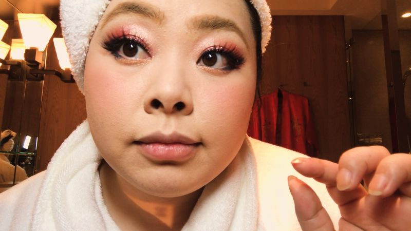 Watch Naomi Watanabe's Guide to Glitter Eyes and Bold Lips | Vogue Video | CNE | Vogue.com