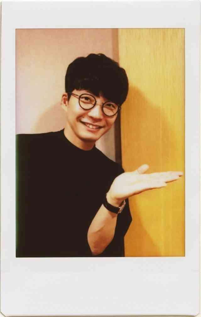 星野源&香取慎吾との対談が反響 『AERA』完売続出で創刊号以来の重版決定 (オリコン) - Yahoo!ニュース