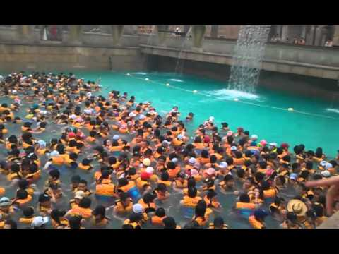 Korea - Surf Wave Pool [oceanworld] - YouTube