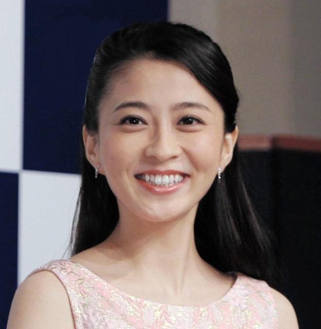 小林麻央さんブログ、今後も継続公開へ 最優秀ブロガーにも認定