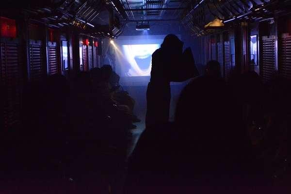 乗客100人が行方不明に!設定が怖すぎる「恐怖体験列車」に申込殺到