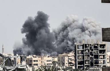 米支援のシリア部隊、IS「首都」の半分を制圧 写真4枚 国際ニュース:AFPBB News