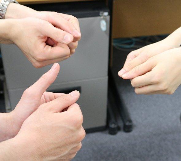 テレビ金沢が「親指ゲームの掛け声」について調査 全国1位は? (2017年7月16日掲載) - ライブドアニュース