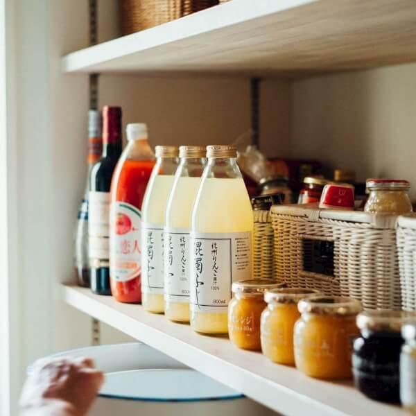 【保存版】キッチン調味料をキレイに収納する3つのポイントとアイディア   パレット