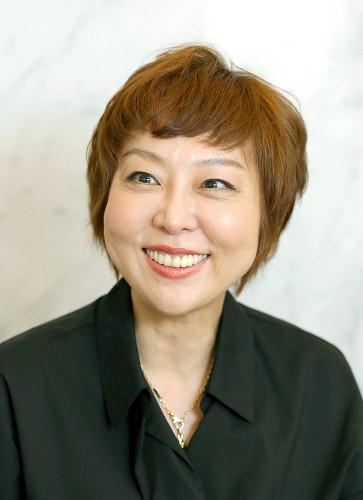 室井佑月「頭がいい子の机の上はぐちゃぐちゃ」…「子どもの才能が伸びる片付け術」に疑問