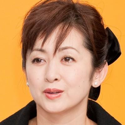 斉藤由貴、高校時代は「坂がキツくて学校行くのを諦めた」 (ザテレビジョン) - Yahoo!ニュース