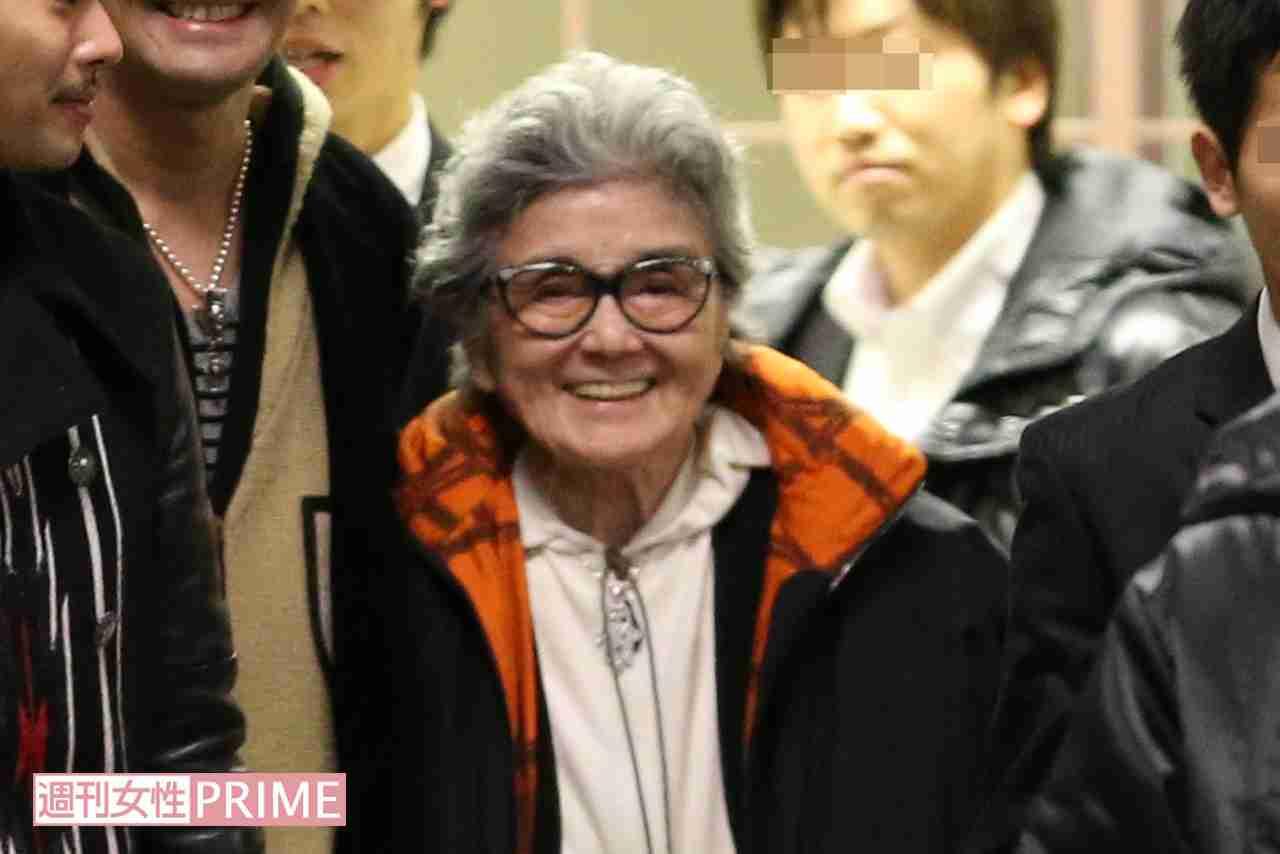 メリー喜多川副社長(90)が女性誌に大激怒! ステーキ肉を食べて超元気に | 週刊女性PRIME [シュージョプライム] | YOUのココロ刺激する