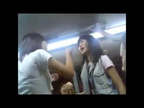 【怖い】中国人女性のストリートガチ喧嘩が凄い! - YouTube