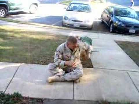 Seeing my dog the day I got back from Afghanistan - YouTube