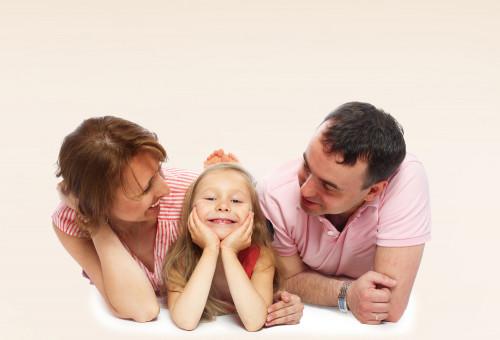 「私たち、あえて一人っ子を選びました」パパとママの言い分