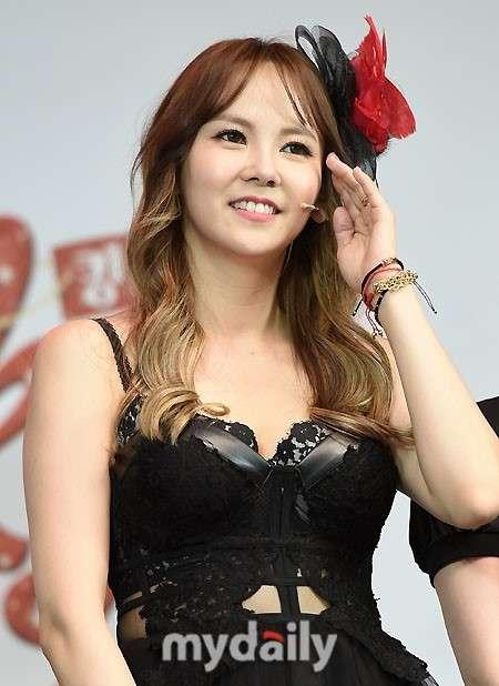 女優キム・ジウ、アリアナ・グランデをSNSで批判「一言で苛立つ」 - ENTERTAINMENT - 韓流・韓国芸能ニュースはKstyle