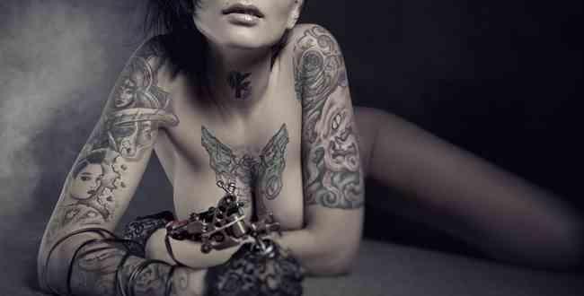 「入れ墨」と「刺青」「タトゥー」の違い | 違いがわかる事典