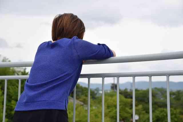 セックス経験がない30代の女性たち。心の傷に苦しむ中年処女のリアル