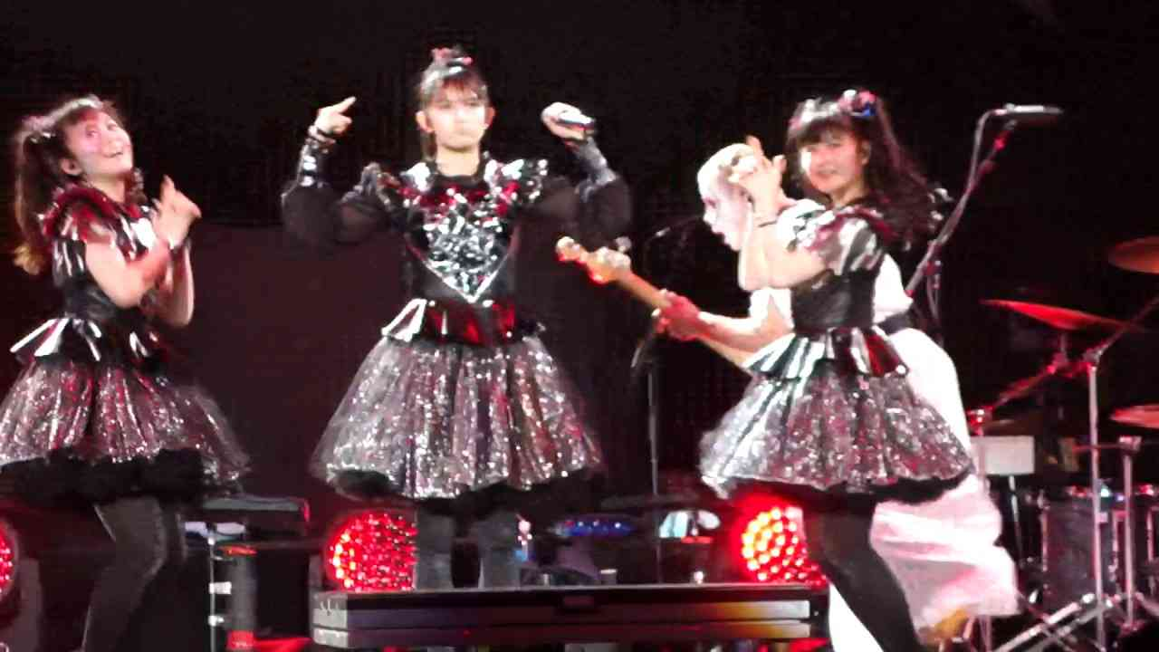 BABYMETAL ChiliChoco @ A.A Arena Miami - YouTube