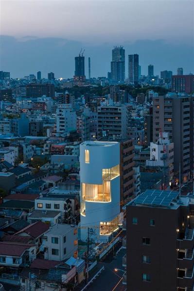草間彌生さんの美術館、10月オープンへ - 産経ニュース