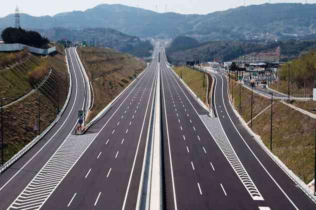 久しぶりの高速道路