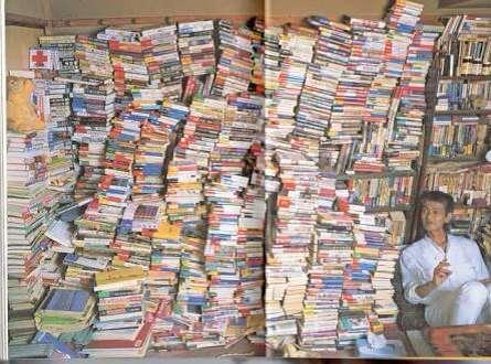 どんな本をどのくらい持っていますか?