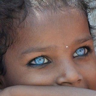 世界には様々な色の瞳を持つ人がいる!! - NAVER まとめ