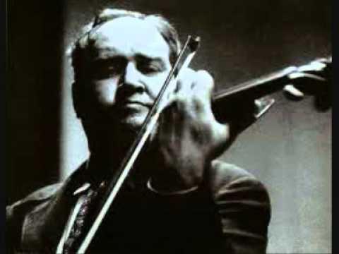 Tchaikovsky - Violin concerto - Oistrakh / Philadelphia / Ormandy - YouTube