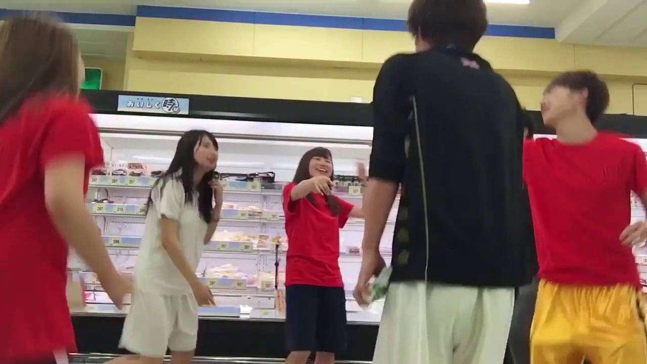 魚売り場でサンバゲーム!!青学の生徒がスーパーで騒ぐ!→炎上! - YouTube