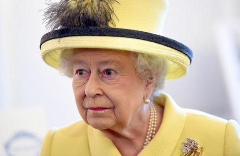 トランプ「異例の招待」に英国民猛反発でエリザベス女王の戸惑い