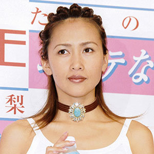 「FNSうたの夏まつり」 SMAPと「入れ替わり」の工藤静香出演が物議 - ライブドアニュース