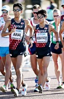 荒井が銀、小林が銅!日本勢初の複数メダル 丸尾5位で全員入賞の快挙 男子50キロ競歩/世界陸上